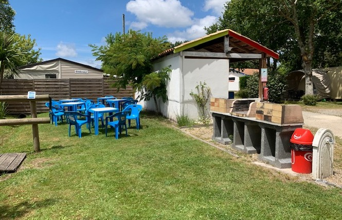 Camping La Chesnays 64 - Vendays-Montalivet