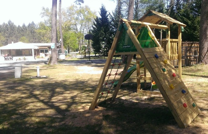 Camping Vert Bord'eau 8 - Saint-Symphorien