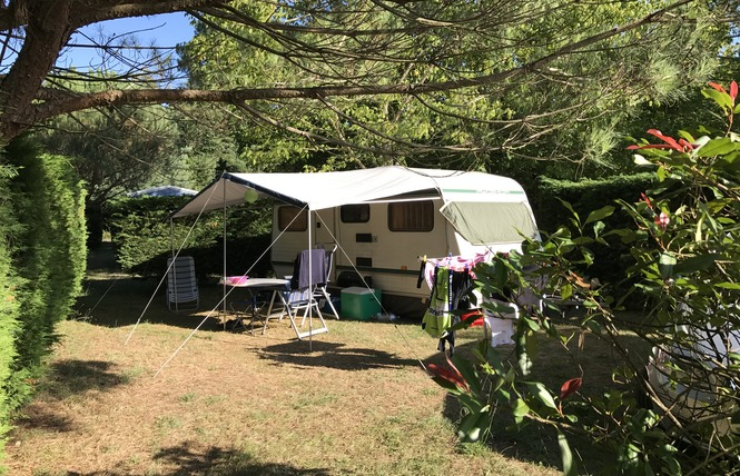 Camping La Chesnays 47 - Vendays-Montalivet