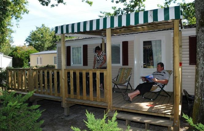 Camping Les Acacias 8 - Vensac