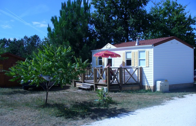 Camping La Chrysalide 4 - Carcans