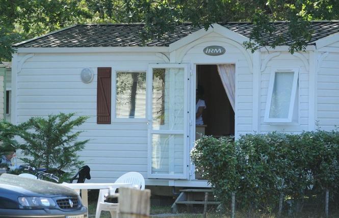 Camping Les Acacias 5 - Vensac